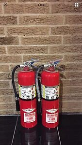 Set Of 2 Refurbished 10lb Abc Fire Extinguisher Wall Bracket Cert tag nice