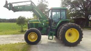 John Deere 7710 Tractor Mfwd With Loader