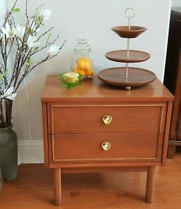 Dixie Furniture Mcm Danish Style 2 Drawer Nightstand End Table Accent Table