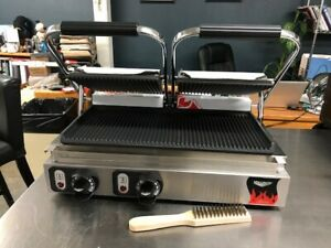 Vollrath 40795 Double Commercial Panini Press W Cast Iron Grooved Plates