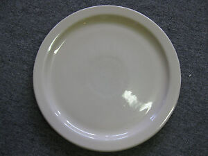 Lot Of 4 Round Porcelain Serving Plate 13 1 2 Restaurant catering Pizza Server