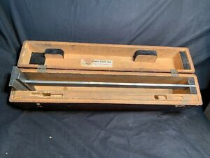 Vintage Used Starrett Vernier Height Gage No 454 18 And Case