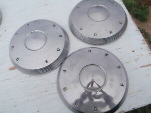 Vintage 1961 1962 Ford Dog Dish Hubcaps Fairlane Galaxie Set Of 3 Center Caps