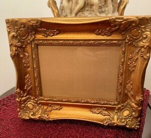 Vintage Antique Style Frame With Ornate Rococo Decor 10 X 8 1 2 Open7 X5