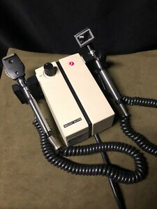 Welch Allyn 747 Wall Transformer With Otoscope Ophthalmoscope