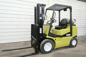 Clark Cgp25 5 000 Pneumatic Lp Gas Forklift Three Stage Sideshift