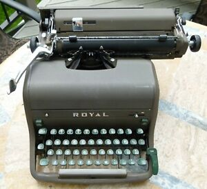 1949 Royal Desk Model Kmg Manual Typewriter Green Bakelite Keys Free Ship Usa