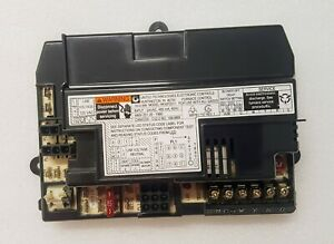 Carrier Bryant Payne Hk42fz011 Furnace Control Circuit Board 1012 83 9402d