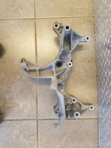 3 9 5 2 5 9 Dodge Mopar Jeep A c Compressor alternator Bracket 53008613