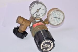 Vintage Airco Compressed Gas Regulator 0 30 Psi 28 000 Kpa