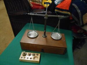 Vintage Scales Of Justice On Wood Box With Drawer 5 Weights Made West Germany