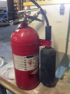 10 Lb Co2 Fire Extinguisher Fresh Hydrostatic Test Great Condition