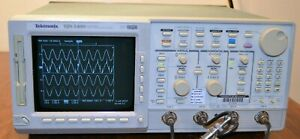 Tektronix Tds540d Oscilloscope Digital 500mhz 2gsa s 4ch W Manual Tds540
