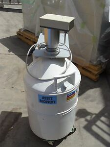 Liquid Nitrogen Dewar With Roller Base