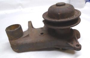 1948 49 50 51 52 Ford Flathead V8 Water Pump Ford 8rt 8503 B Nice Used Core
