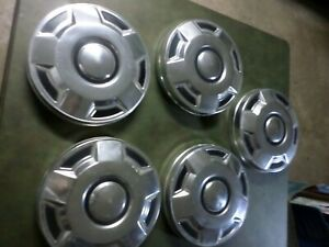 1970 s 1990 s Ford 1 2 Ton Pickup Truck Van Dog Dish Hubcaps Set Of 5 10 3 4