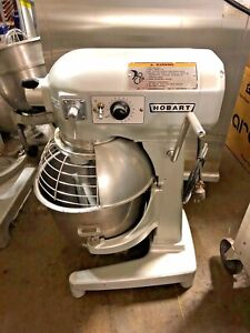 Hobart 20 Quart Mixer Model A200 With Bowl Guard And Paddle Works Great