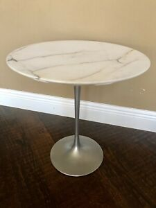 Vintage Knoll Tulip Side Marble Table With Platinum Base By Eero Saarinen