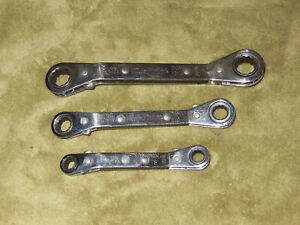 Bluepoint 3 Piece Metric 12 Point Ratcheting Offset Double Box Wrenchs