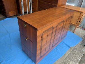 Beautiful 1960 S Mid Century Walnut Drop Leaf Hide Away Dining Room Table L K