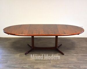 Danish Rosewood Mid Century Modern Dining Table