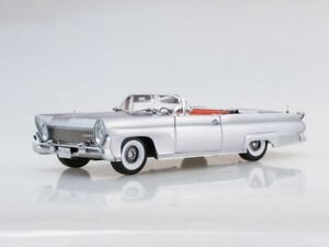 Scale Model 1 18 Lincoln Continental Mkiii Open Convertible silver Gray 1958