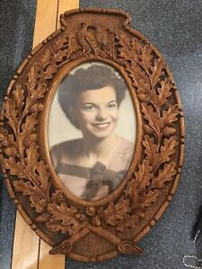 Antique Wood Carved Love Birds Acorn Leaves Oval Frame Magnificent 16 X 11 5
