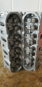 Pair Of 5 3 2007 Up Chevy Rebuilt 243 Cylinder Heads