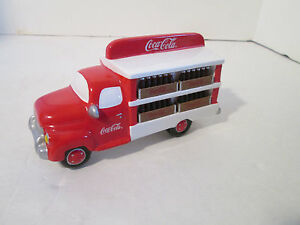 Dept 56 Snow Village Coca Cola Delivery Truck #54798