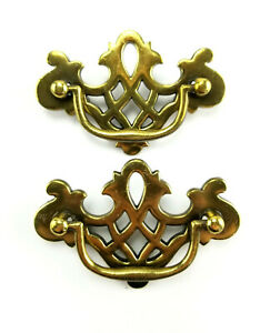 Vintage Pair Of Brass Cabinet Dresser Drawer Pulls Furniture Hardware Handles