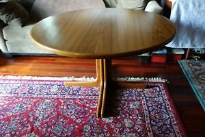 Mid Century Danish Modern Round Teak Wood Dining Room Table With Two Leaves