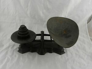 Vintage Reading Hardware Co Black Cast Iron Candy Store Scale W 5 Weights Pa