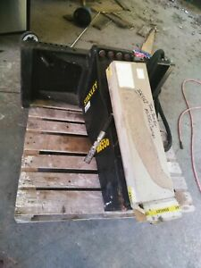 Stanley Mb556 Hydraulic Concrete Breaker Attachment Bobcat Skid Steer Excav
