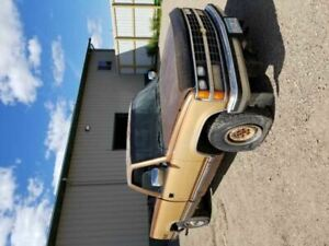 Rear Axle 4wd 5 0l 14 Bolt Cover Fits 88 99 Chevrolet 1500 Pickup 94179
