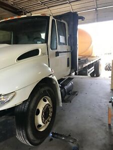 2001 International 4300 Water Truck