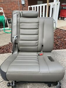 2003 07 Hummer H2 Tan Wheat Leather 3rd Third Row Seat Assembly
