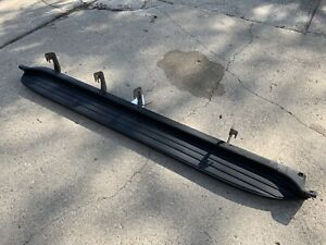 2007 14 Tahoe Yukon Swb Factory Oem Gm Passenger Right No Chrome Running Board
