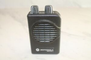 Motorola Minitor V 5 1ch Non stored Voice Vhf Pager W Charger