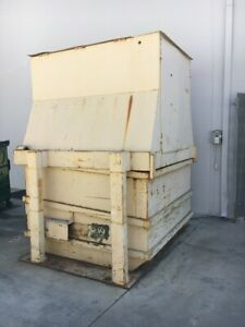Self Contained Front Load Vertical 5 Hp Industrial Trash Compactor 4 Cubic Yard