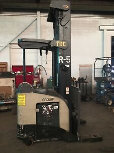 Electric Reach Truck 2004 Crown Rr5220 45 300 Lift Height