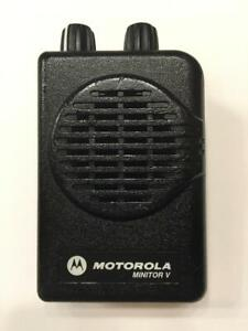Motorola Minitor V 5 Low Band Pager 33 37 Mhz 2 channel Non stored Voice
