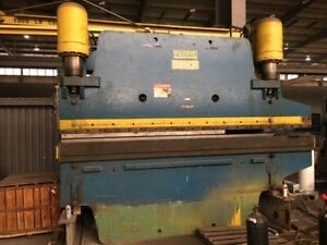 Pacific 300 Ton X 12ft Press Brake with 2 Horn