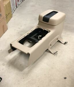New Takeout 07 13 Chevy Tahoe suburban sierra silverado Tan Lt Center Console