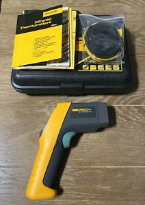 Fluke 561 Ir Thermometer With Case Manual