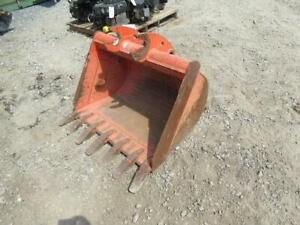 Kubota 36 Excavator Bucket Fits Many Other Models Quick Attach Stock 400232