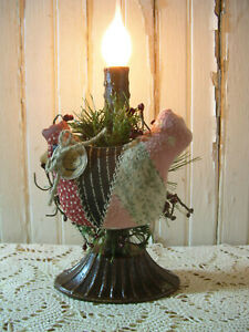 Early Lighting Primitive Farmhouse Chicken Gathering Grubby Electric Candle Lamp