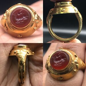 High Carat Gold Old Roman Deer Agate Stone Intaglio Wonderful Ring