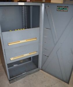 Equipto Cat 40 Tool Holder Tool Cabinet Grey 30 X 30 X 59