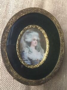 Vintage K O Co Brass Bronze Metal Picture Frame Convex Glass Marie Antoinette