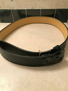 new Gould Goodrich 32 04 Black Leather Duty Belt Size 52 Police Security